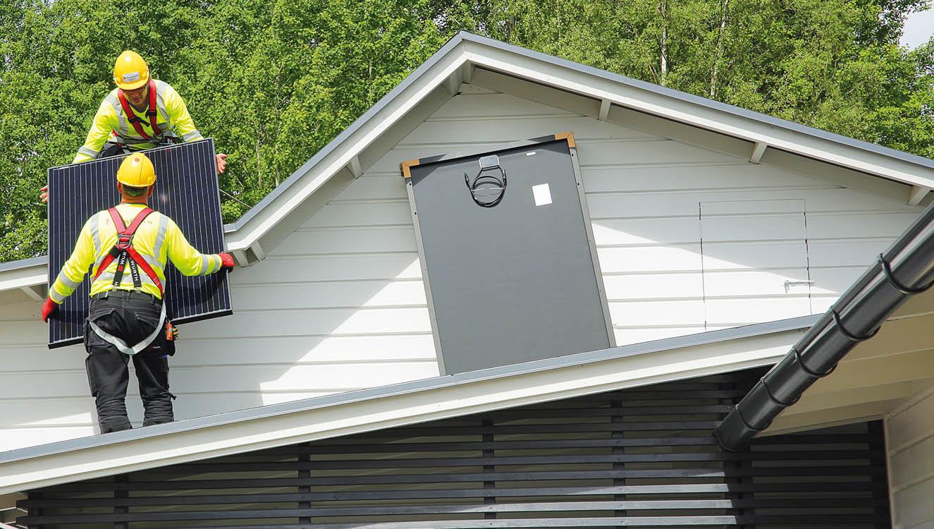 Aurinkosähköjärjestelmä kestää pitkään, kun käytetään laadukkaita tuotteita ja asialla ovat kokeneet asentajat.